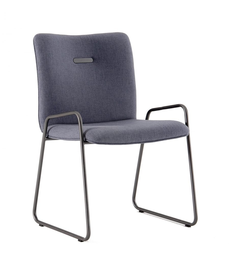 cadeira com design moderno