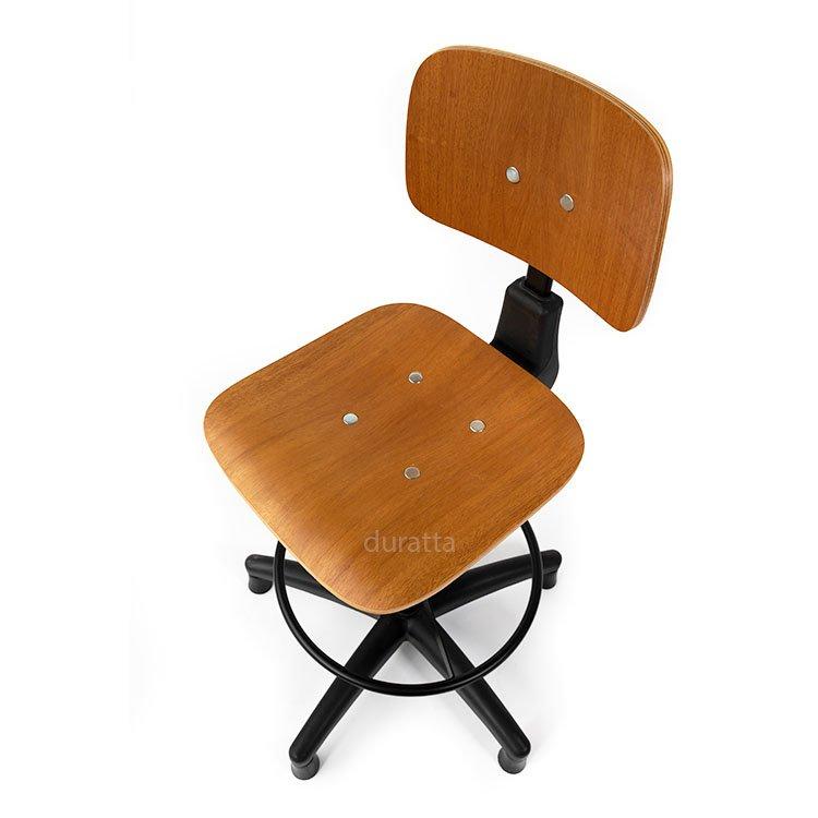 cadeira caixa alta reforçada com assento em madeira vista de cima